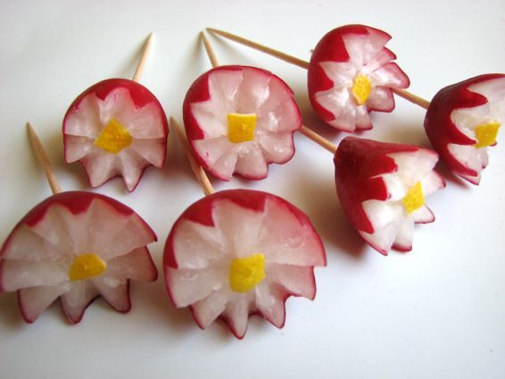 Photos 3 от recipe за Flowers from radishes