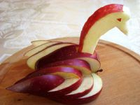 How to make a swan from an apple